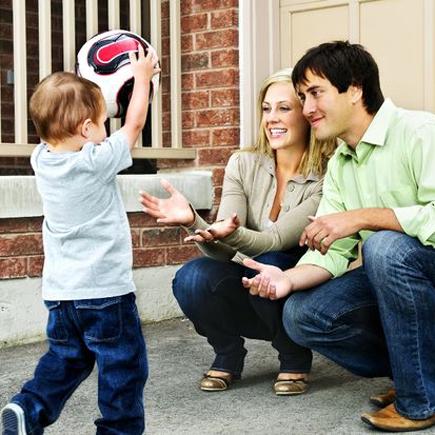 Çocuğunuzu Överken Gizli Tuzaklardan Kaçınmak